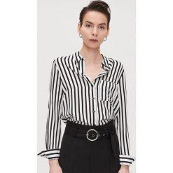 Białe koszule ze sklepu Cropp Kolekcja lato 2020 Moda w  JQ6C5