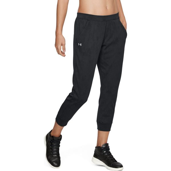 69294c2fe Czarne spodnie dresowe - Kolekcja lato 2019 - Moda w Women's Health