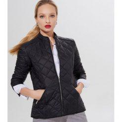 Ciepła długa kurtka pikowana funkcyjna bonprix czarno ciemnoczerwony