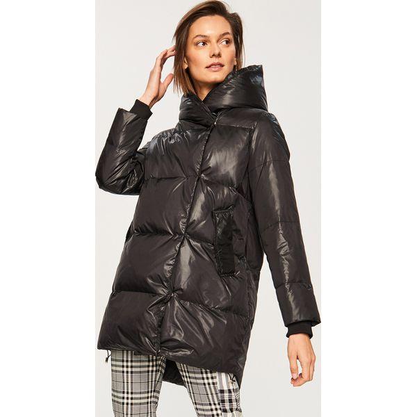 8b5936cbe9b32 Pikowany płaszcz z naturalnym puchem - Czarny - Płaszcze marki ...