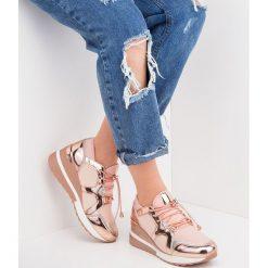 Różowe buty sportowe lifestyle ze sklepu Twojeobuwie.pl