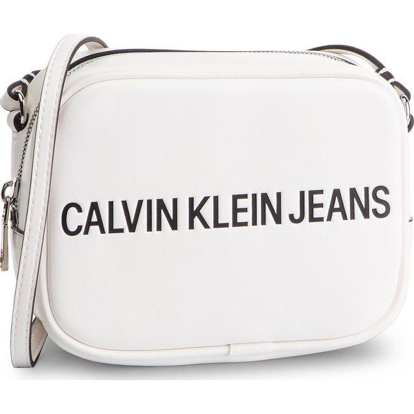 1dc900b4ce9f5 Odzież, obuwie, dodatki damskie marki Calvin Klein Jeans - Kolekcja wiosna  2019 - Moda w Women's Health