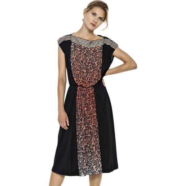 e694e40628 Sukienka w kolorze czarnym ze wzorem - Czarne sukienki marki Deni ...