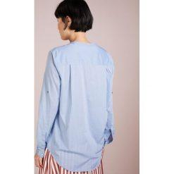 fd2019815892d Za 379.00 zł BOSS CASUAL EFELIZE Bluzka turquoise/aqua. Bluzki marki BOSS  CASUAL. Za 379.00 zł