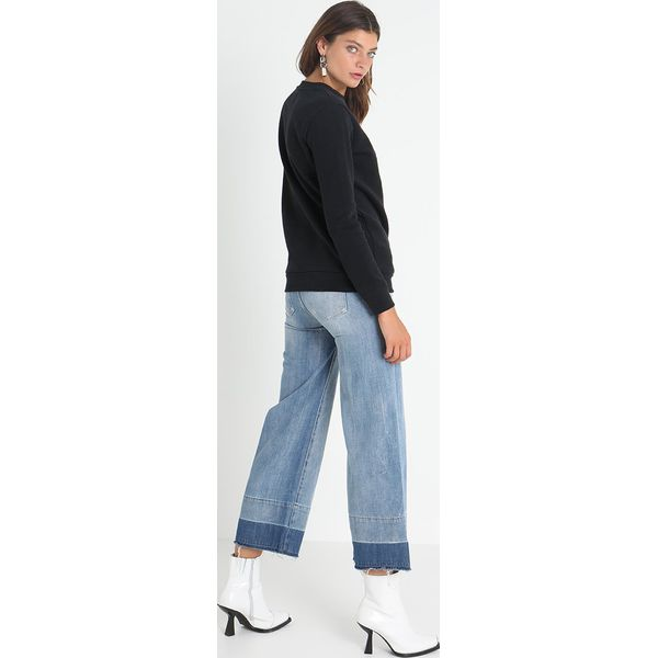 e3b73342f202e Calvin Klein Jeans CORE MONOGRAM LOGO Bluza black - Bluzy marki ...