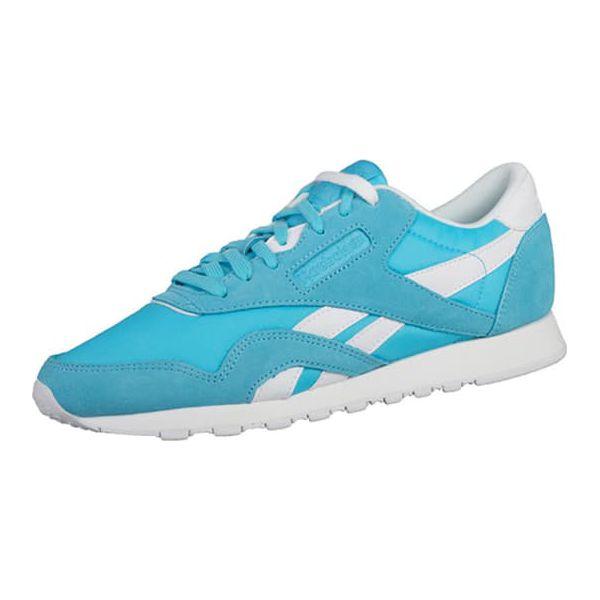 b0a9fd24cf436 Buty sportowe w kolorze jasnoniebiesko-białym - Białe buty sportowe ...