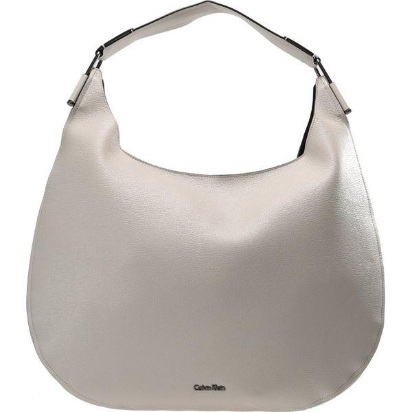 1689976b158f7 Calvin Klein ARCH HOBO Torba na zakupy cement - Szare shopper bag ...