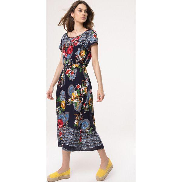 5bc0ad45d0 Sukienki ze sklepu born2be.pl - Kolekcja wiosna 2019 - Moda w Women s Health