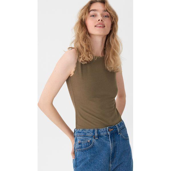dd49132750bb70 Koszulki i topy - Kolekcja lato 2019 - Moda w Women's Health