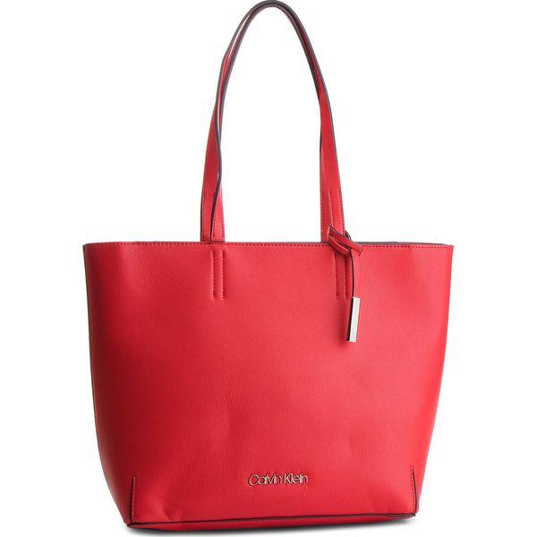 9cdd25f199f13 Shopper bag marki Calvin Klein - Kolekcja wiosna 2019 - Moda w Women s  Health
