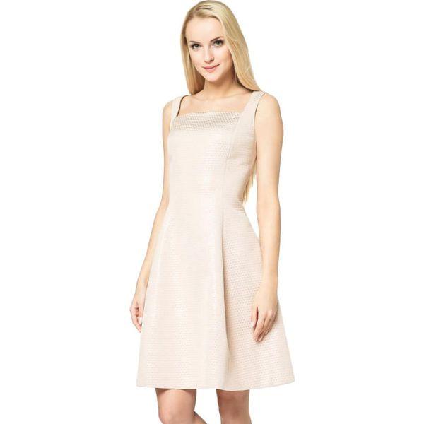 e06aa8cb6 Sukienka w kolorze pudrowym - Czerwone sukienki marki Wiosenna moda ...