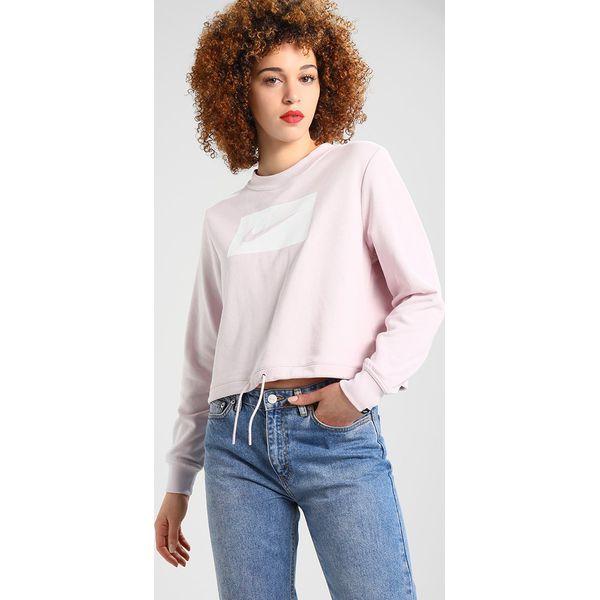 d97a4afd0f3598 Nike Sportswear CREW CROP Bluza barely rose/white - Czerwone bluzy ...