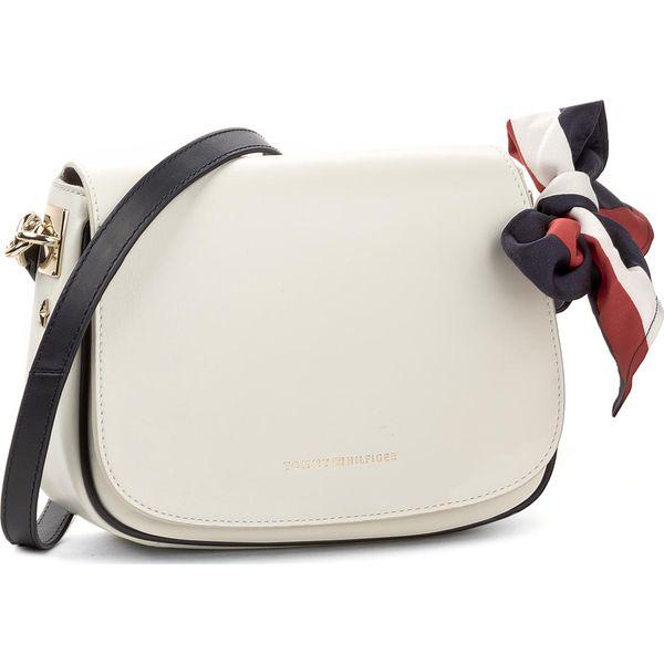 1dfb840d8a545 Torebka TOMMY HILFIGER - Iconic Foulard Leather Saddle Bag ...