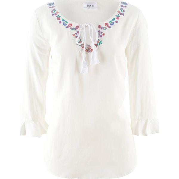4a01a4b113cbd2 Bluzka z haftem, rękawy 3/4 bonprix biały z nadrukiem - Białe bluzki ...