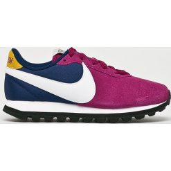 Czerwone buty treningowe Nike Sportswear, na sznurówki