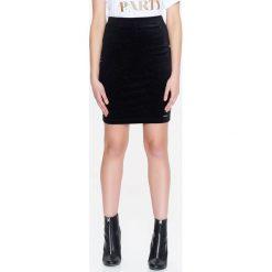 c6dd15f5 Spódnice ze sklepu Top Secret - Kolekcja wiosna 2019 - Moda w ...