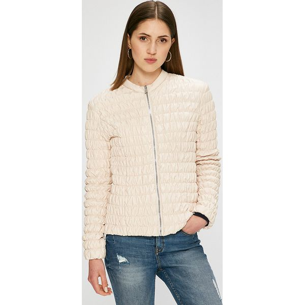 8988c21d923f3 Guess Jeans - Kurtka - Kurtki marki Guess Jeans. W wyprzedaży za ...