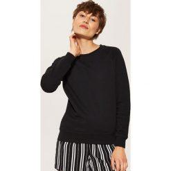 00441a31d6fab3 ... sklepu House - Kolekcja lato 2019. -40%. Bluza basic - Czarny. Bluzy  bez kaptura House. W wyprzedaży za 29.99 zł.