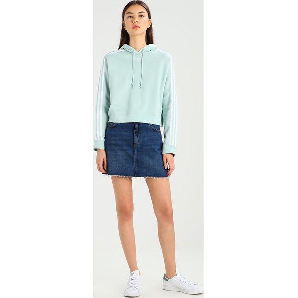 bb3e598d10b5ee adidas Originals ADICOLOR CROPPED HOODIE Bluza z kapturem ash green ...