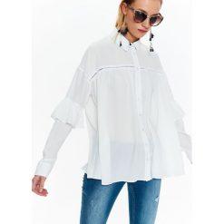99002e1dc9e8 DAMSKA LUŹNA KOSZULA Z FALBANAMI. Koszule marki TOP SECRET. W wyprzedaży za  79.99 zł