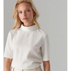 bfe4960ab290a5 Białe bluzki ze sklepu Mohito - Kolekcja lato 2019 - Moda w Women's ...
