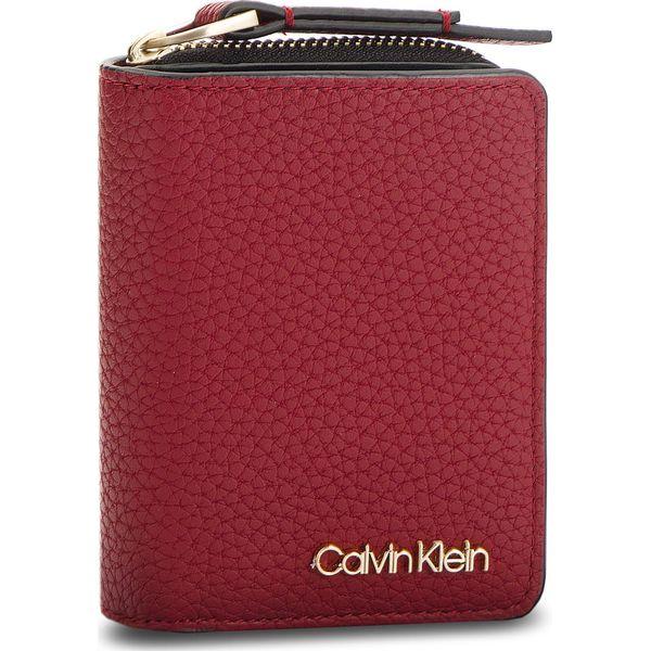 6e2b8e915e2ab Mały Portfel Damski CALVIN KLEIN - Ck Base Small Wallet K60K604610 ...
